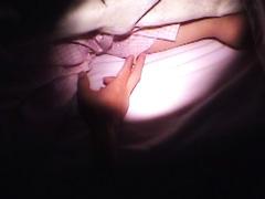 寝ていても男の腰ふりにリズムをあわせて感じまくってくれる素人チャン