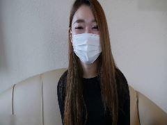 小柄ギャルと生ハメ&中出し!
