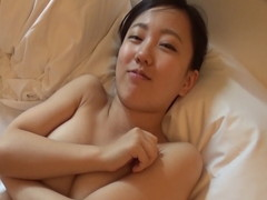 人生で初の中出しはハメ撮りwデカパイで美尻娘 Vol.03