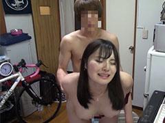 ヤリチンがただセックスをしたいから人妻を部屋に連れ込みハメ撮り