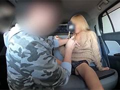 ギャルママのミナミさんと車内で中出しセックス!