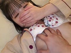 上京してきた色白お嬢様をお泊り連続中出し